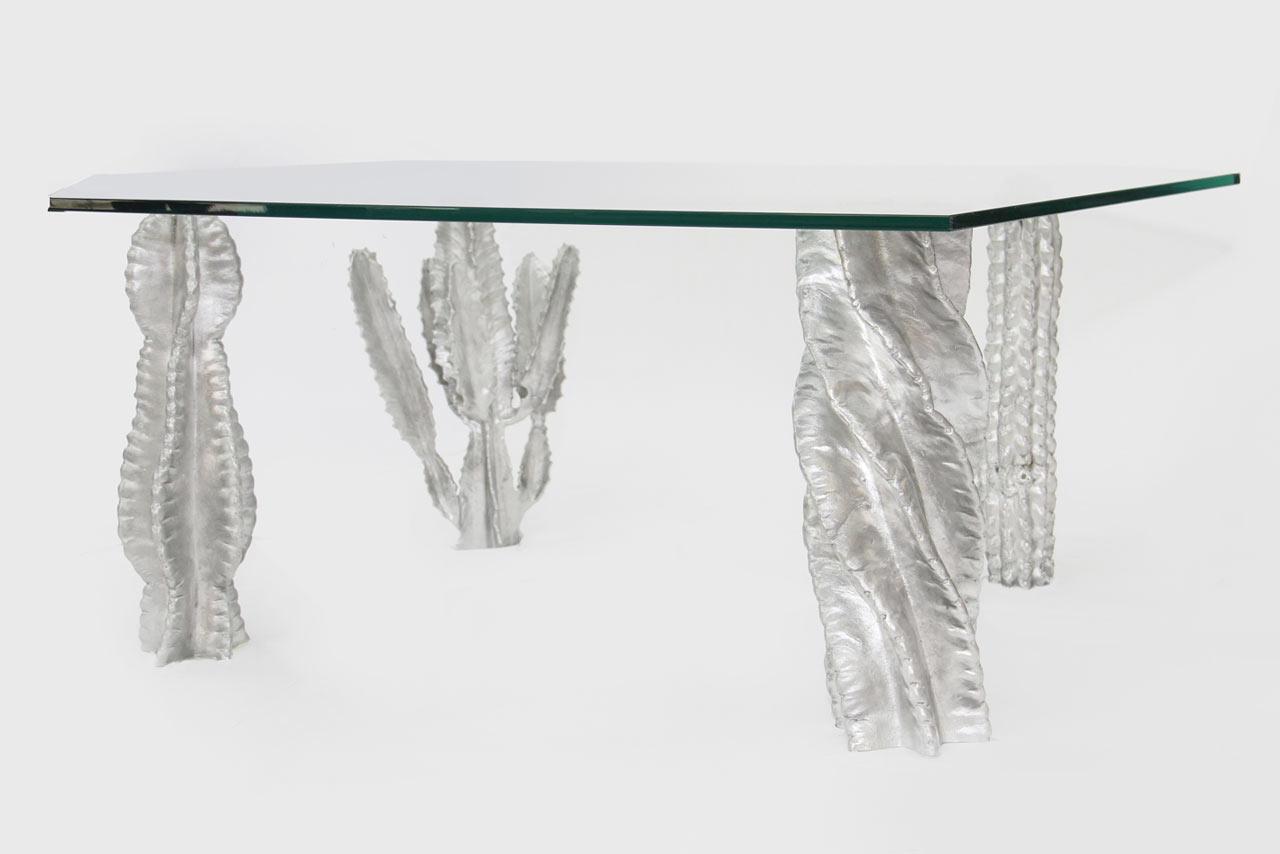 Sao-Paulo-Collection-Studio-Swine-14-table