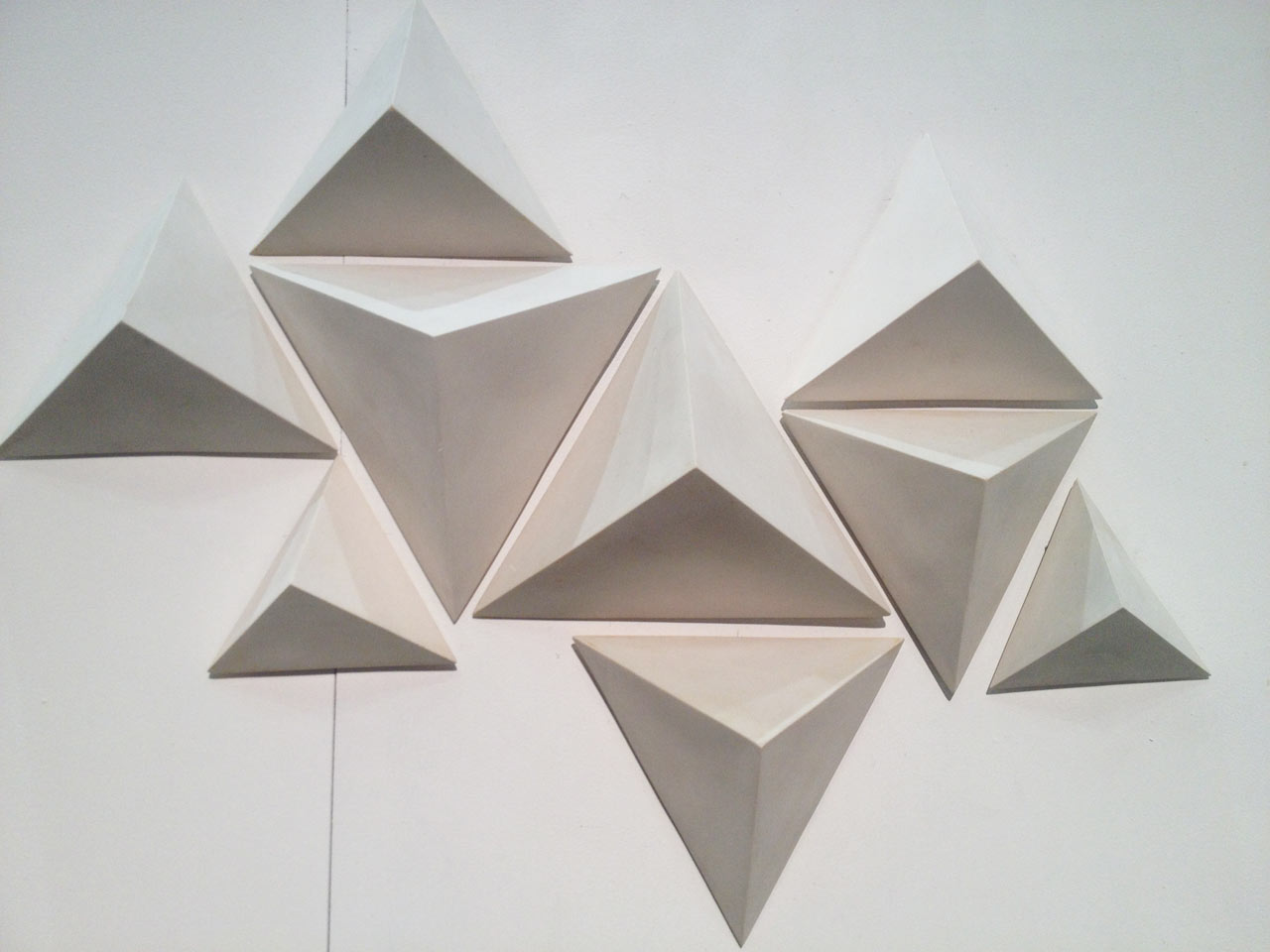 haand-faceted-wall-tile-sculptures