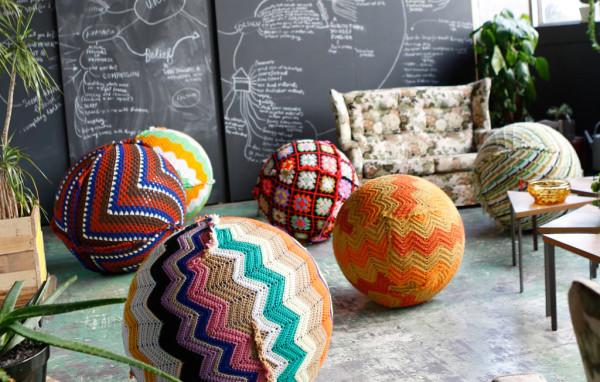 knitted-yoga-balls