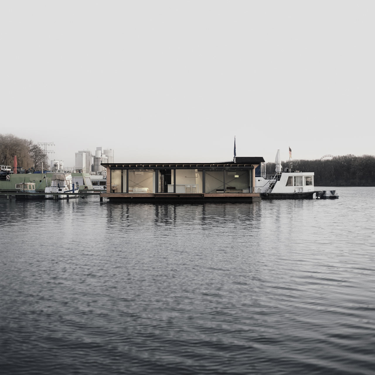 A Modern Houseboat in Berlin