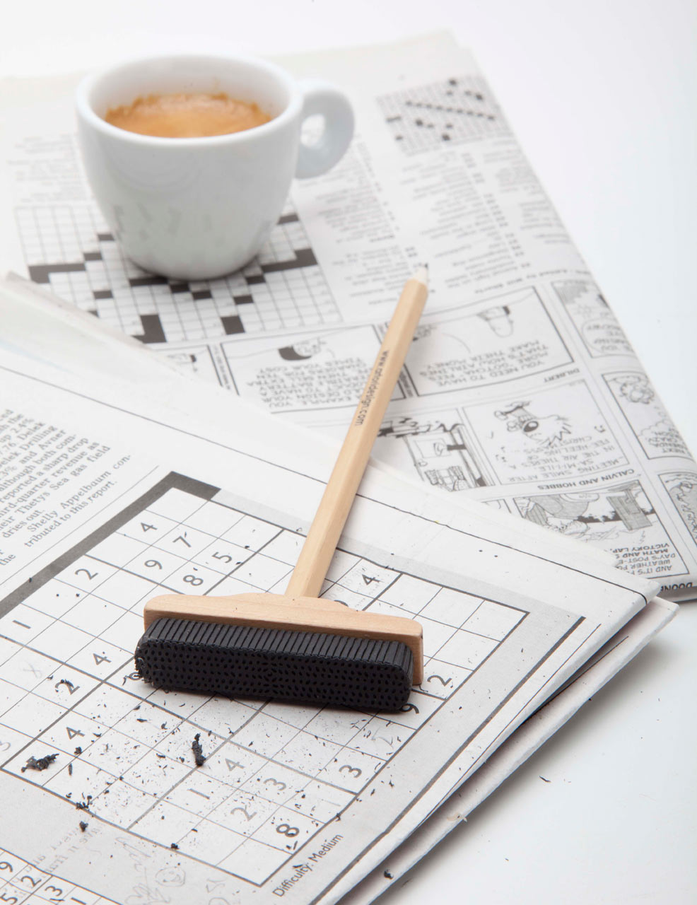 Artori-Design-1-Pencil-Broom