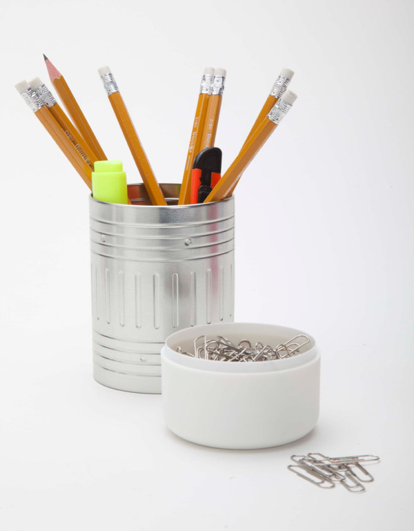 Artori-Design-10-Pencil-Cup-white