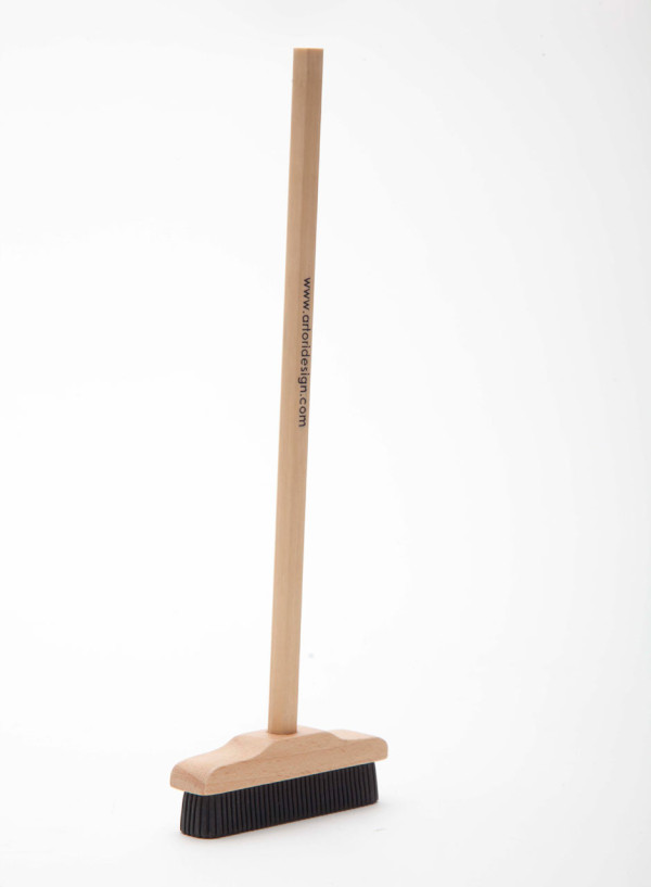 Artori-Design-2-Pencil-Broom