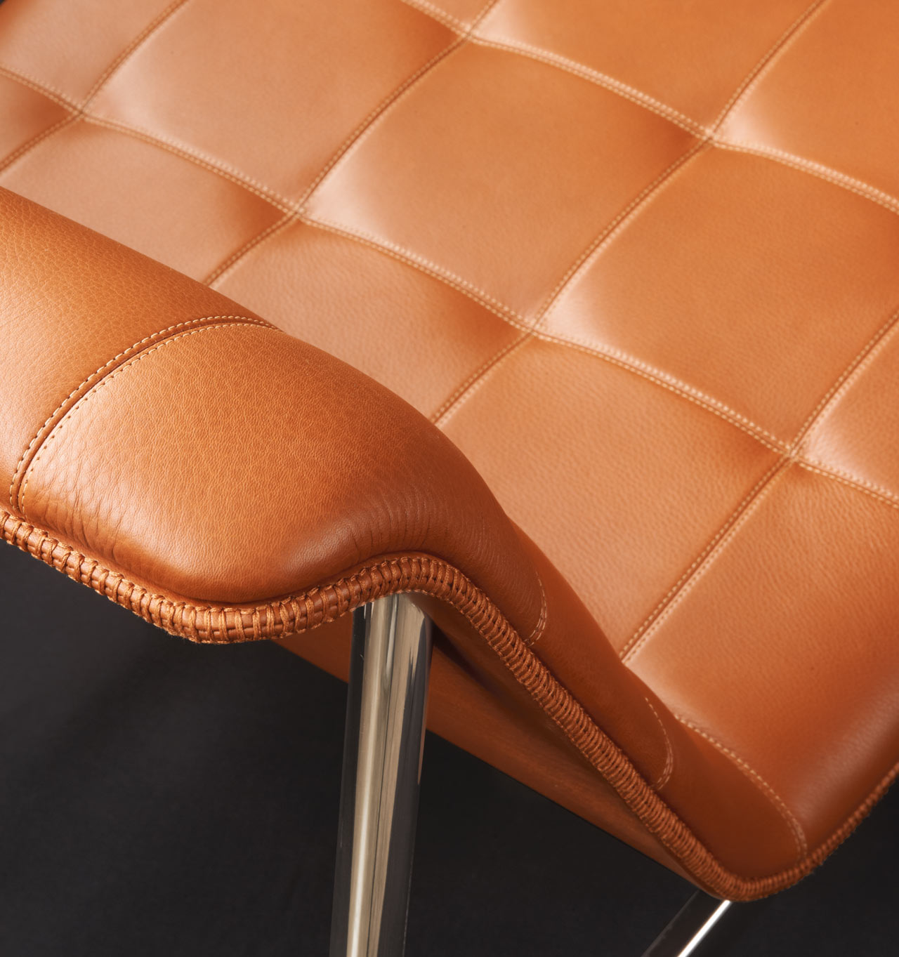 CP-lounge-collection-charles-pollock-leather-detail-2