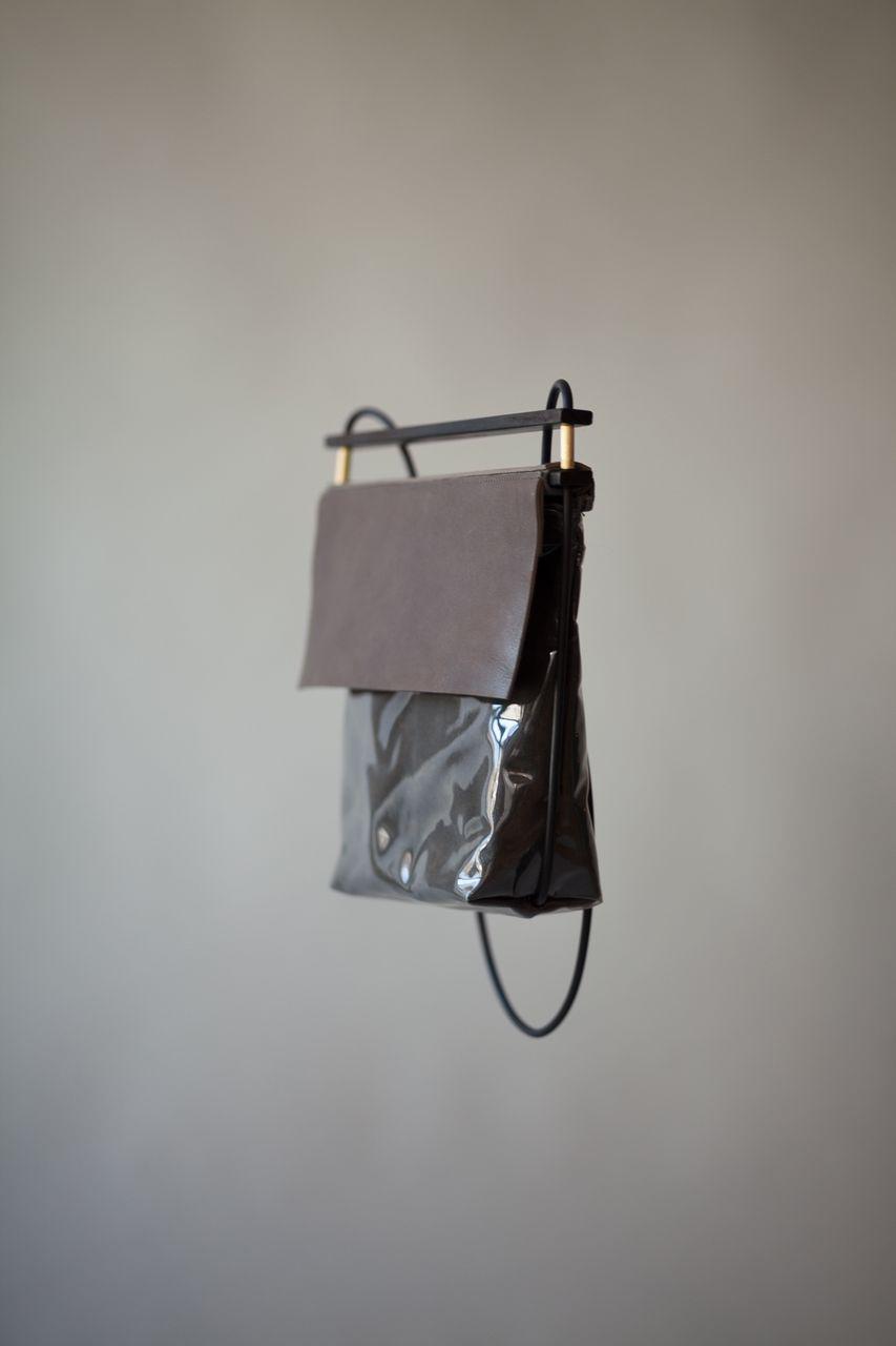 Chiyome-Hover-Bag-18-Shine-Bag