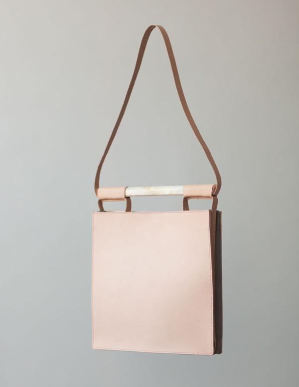 Chiyome-Hover-Bag-2-Squared-Bag
