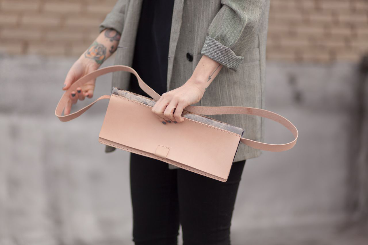 Chiyome-Hover-Bag-5-Marble-Clutch