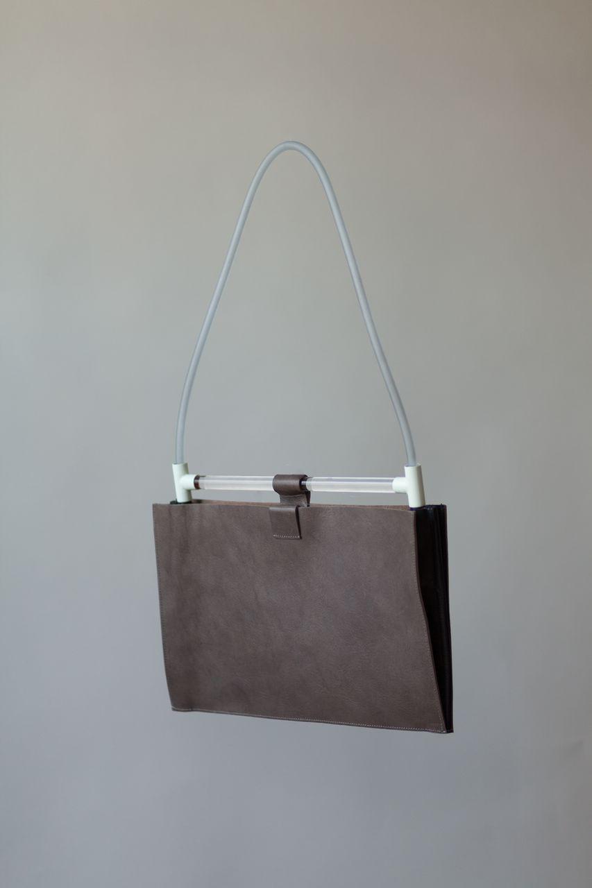 Chiyome-Hover-Bag-6-Powder-Coat-Folio