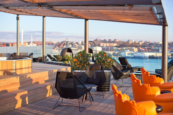 Destin-Radisson-Blu-Riverside-Hotel-12-patio