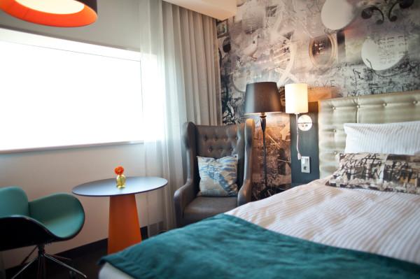 Destin-Radisson-Blu-Riverside-Hotel-3-IV