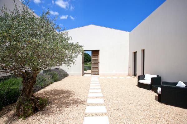 EcoDesign-Finca-Passive-House-9-entrance