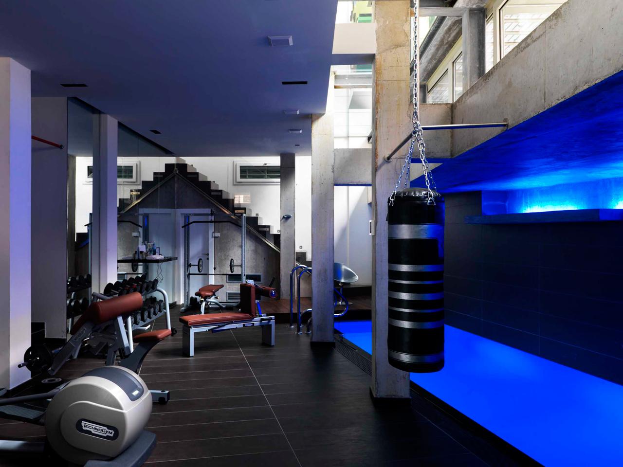 Home-Studio-Iosa-Ghini-5-pool-gym
