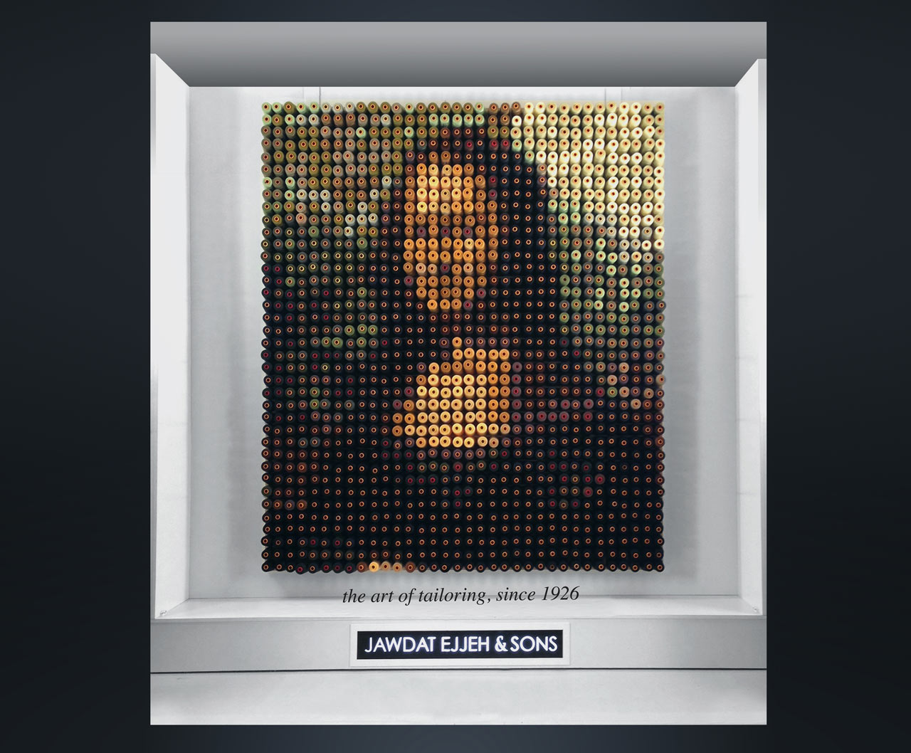 Mona Lisa Made from 1,292 Spools of Thread