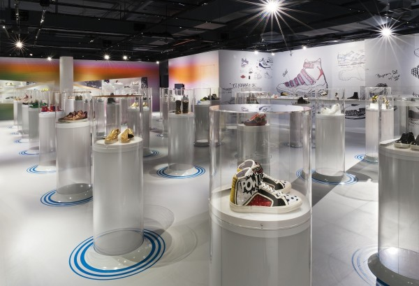 Out of the Box, The Rise of Sneaker Culture_Karim Rashid 2