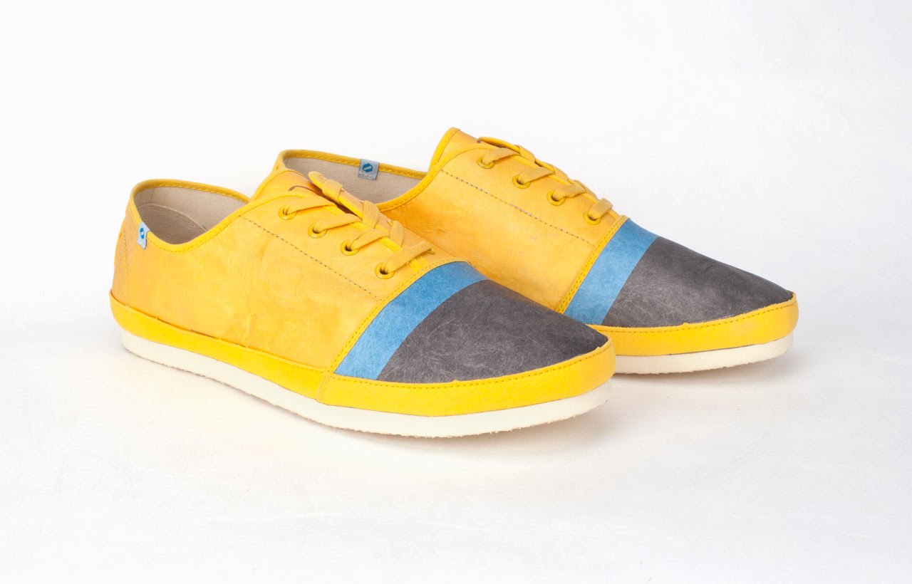 Super Lightweight Shoes Made from Tyvek