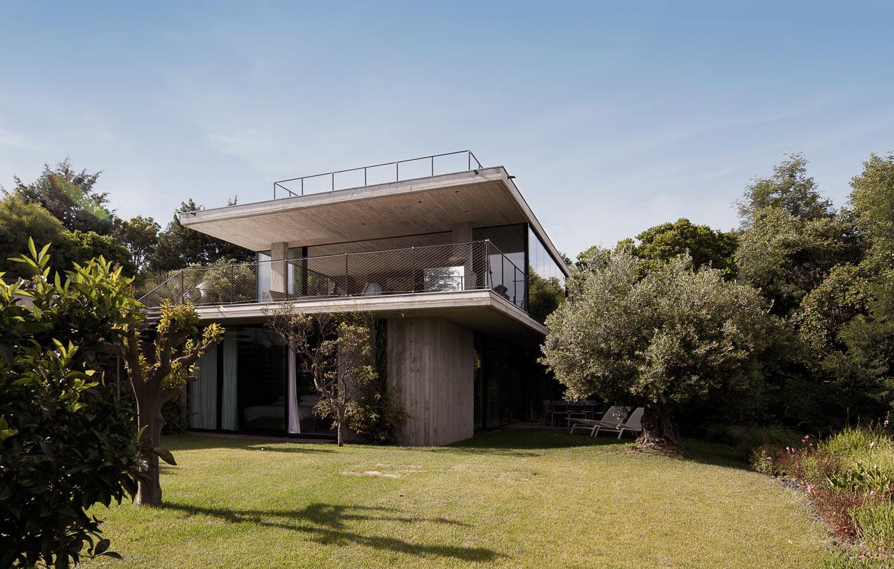 Private-House-St-Tropez-Bumper-2