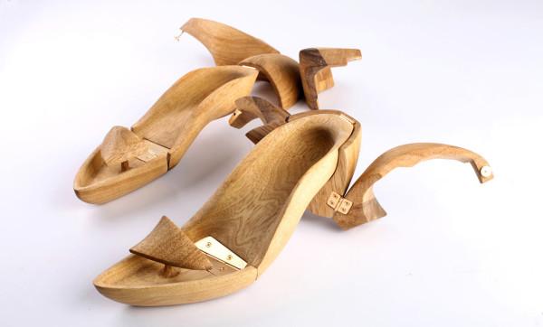 Tal-Weinreb-Hang-It-Wooden-Shoes-5-heel-shoe