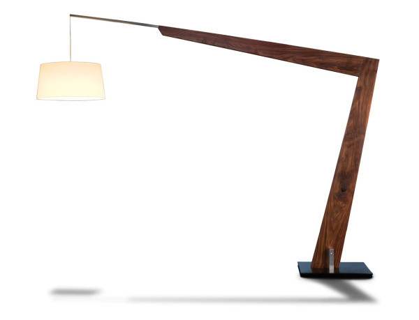 Valeo-gigantic-floor-lamp-cerno