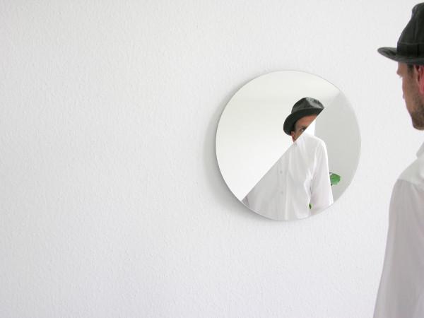bent-perspectives-mirror-180-4-halb-halb