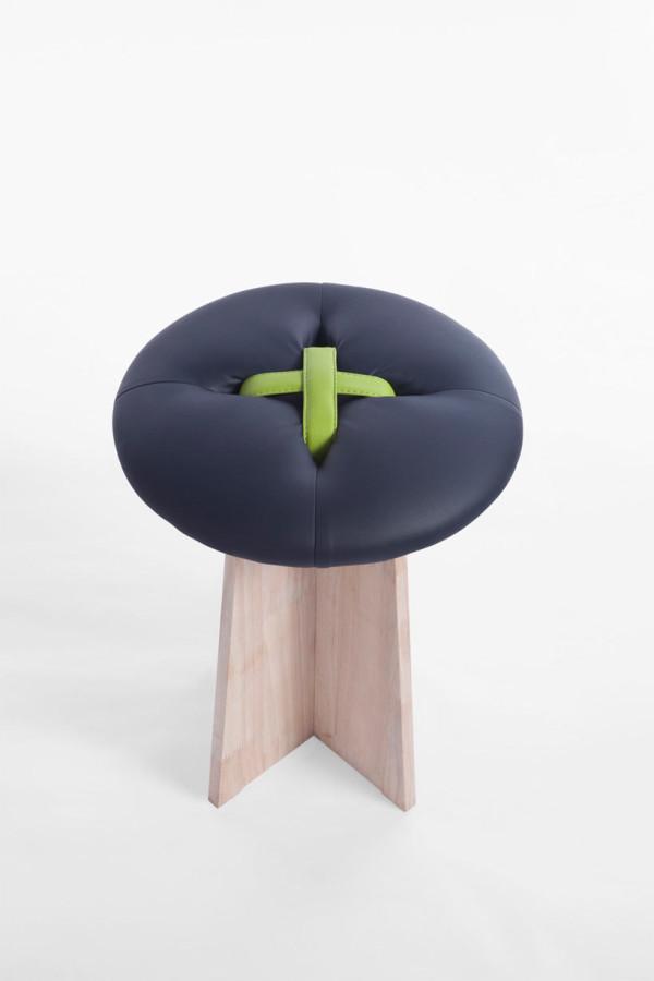 bottone-dark-blue-stool-modern-button-bozu
