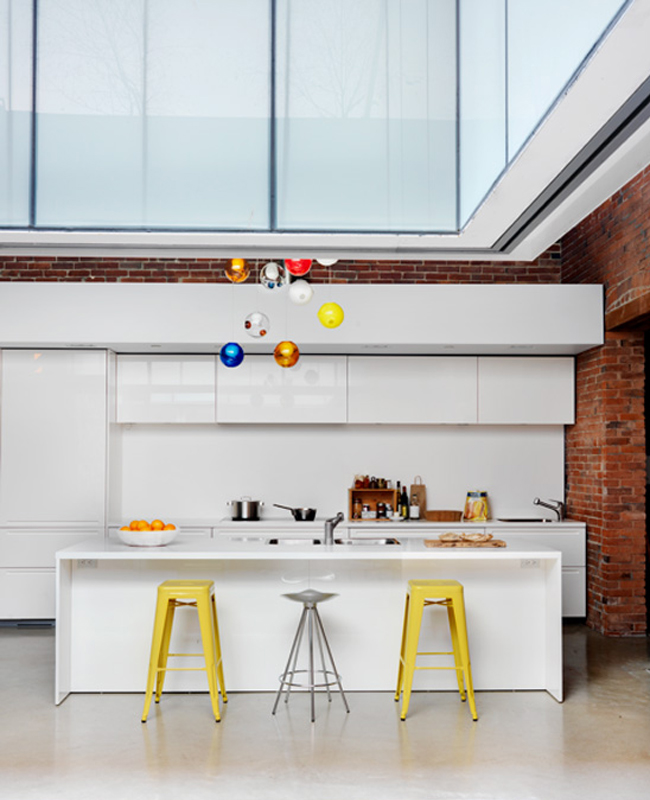 12 Reasons To Eat At The Kitchen Counter - Design Milk