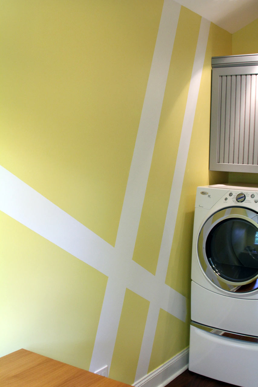 laundry-room-geometric-stripes-paint-makeover