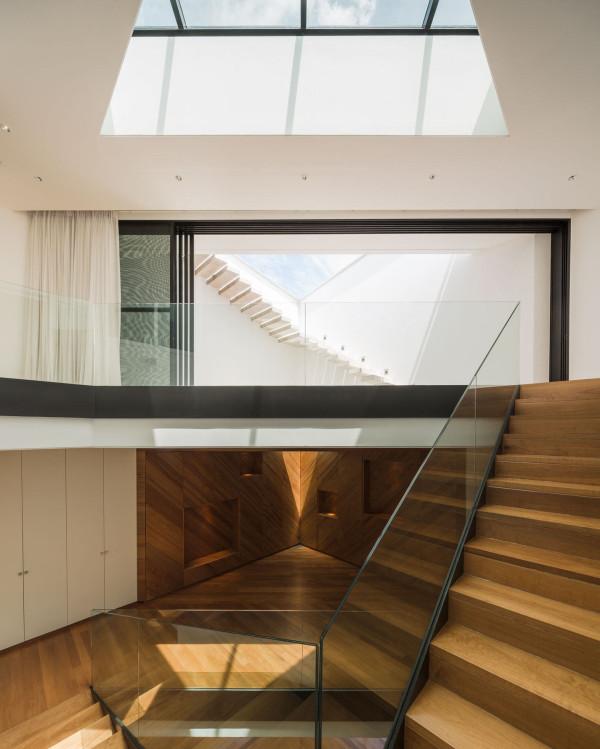 Modern House Thailand Interior Stairs