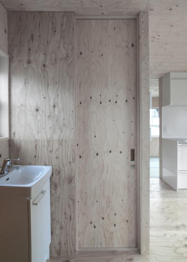 modern-japanese-danchi-house-interior-3
