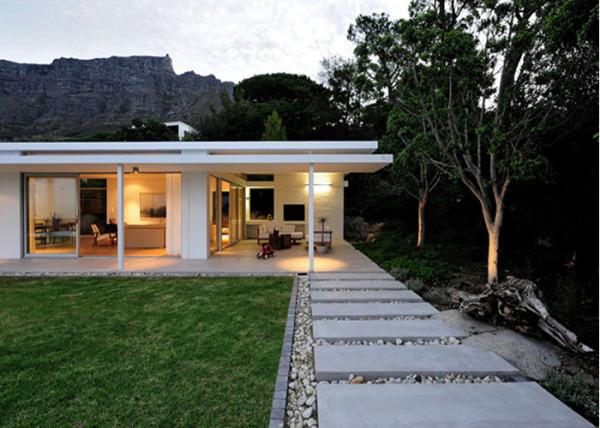 modern-patio-peer