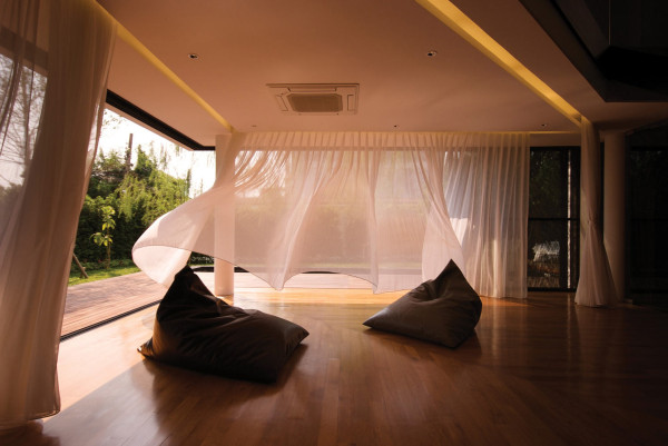 outdoor-room-curtains-design
