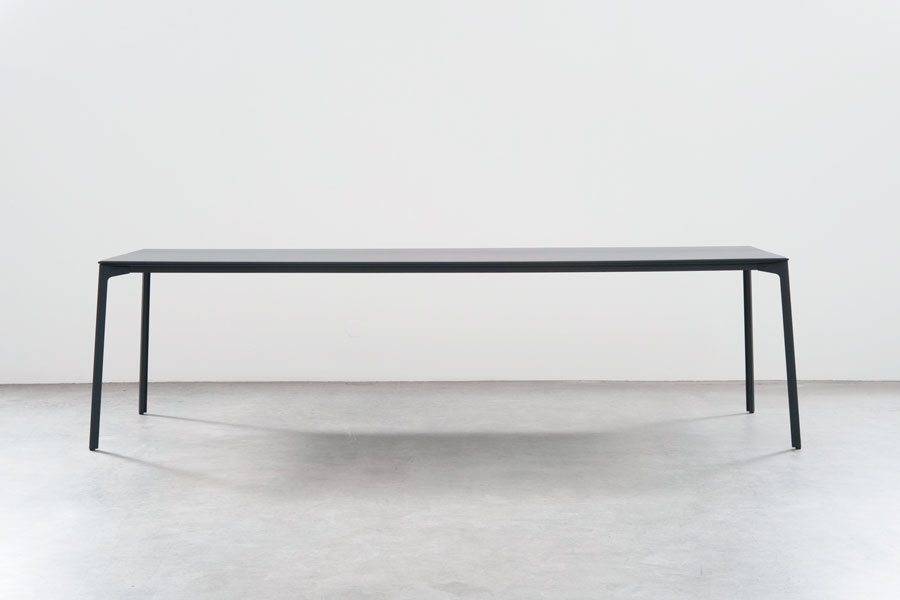 Tune Table by Stefan Diez Office