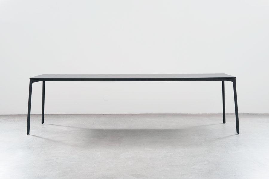 Stefan Diez tune tablestefan diez office - design milk
