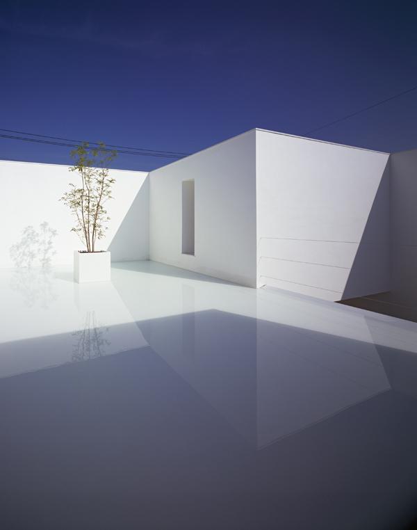 whitecavehouse_yamamoto_1