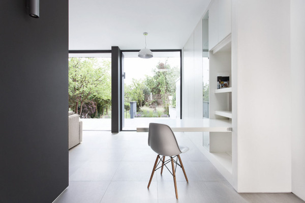 AR-Design-Studio-1-Elm-Court-14-desk