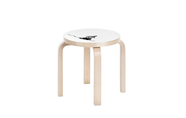 Artek_Moomin_collection-15-stool_NE60_Little_My