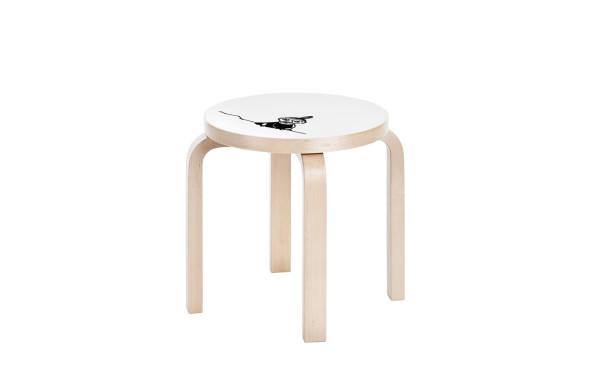 Artek_Moomin_collection-15-stool_NE60_Little_My