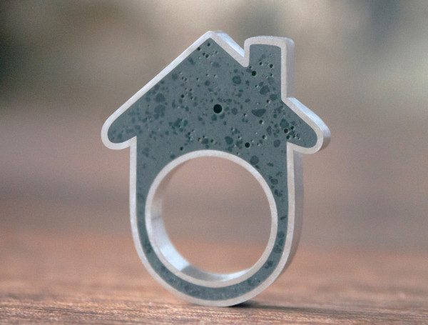 Concrete-House-Ring-Linda-Bennett-06