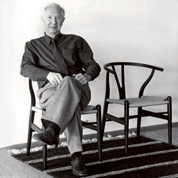Decon-Wishbone-Chair-Carl-Hansen-2-Wegner