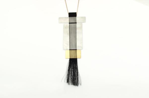 Hand-Woven-Jewelry-Michal-Taharlev-6
