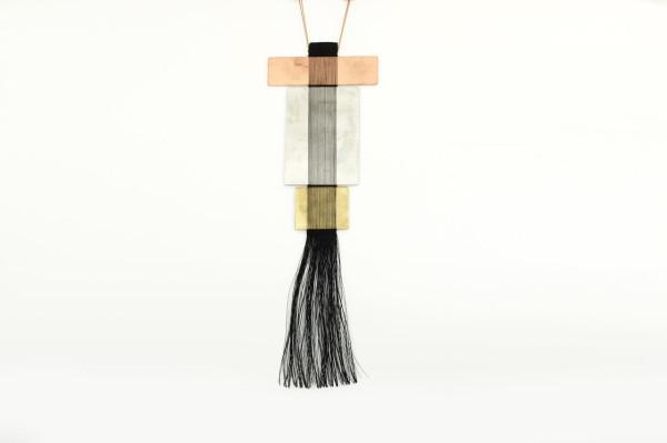 Hand-Woven-Jewelry-Michal-Taharlev-7