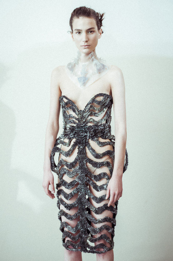 Dresses Grown with Magnets in style fashion main art  Category