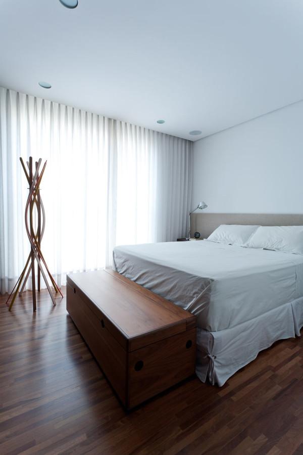 Leandro-Garcia-Ahu-61-Apartment-13-bedroom