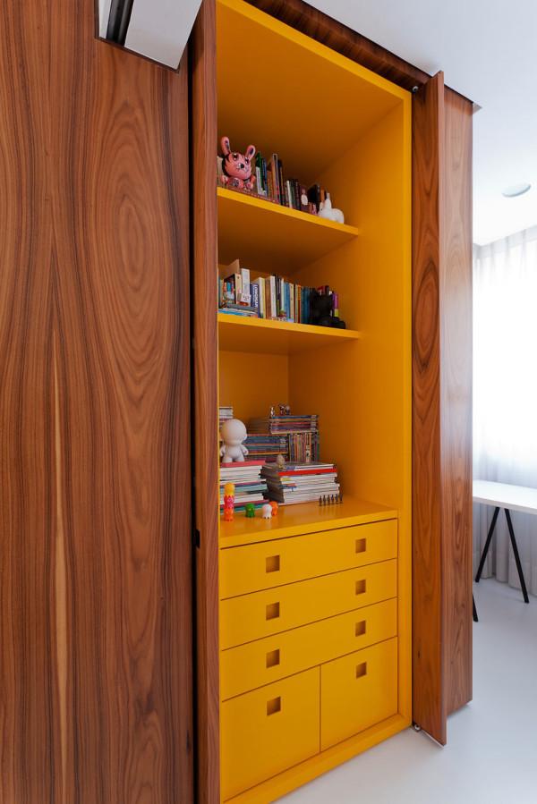 Leandro-Garcia-Ahu-61-Apartment-7-cabinet