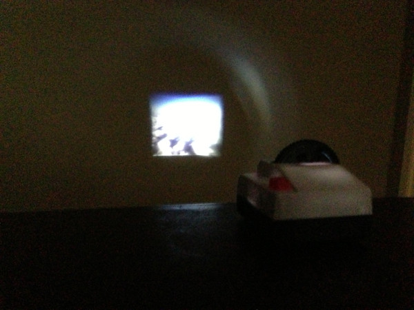 Projecteo-Instagram-Projector-8