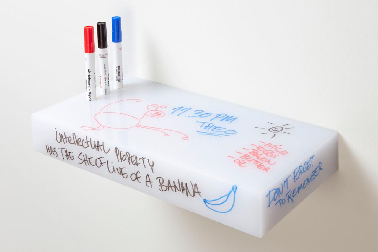Roel-Huisman-Shelves-11-whiteboard