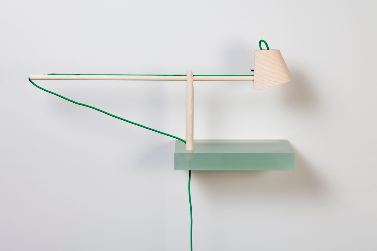 Roel-Huisman-Shelves-2-lamp