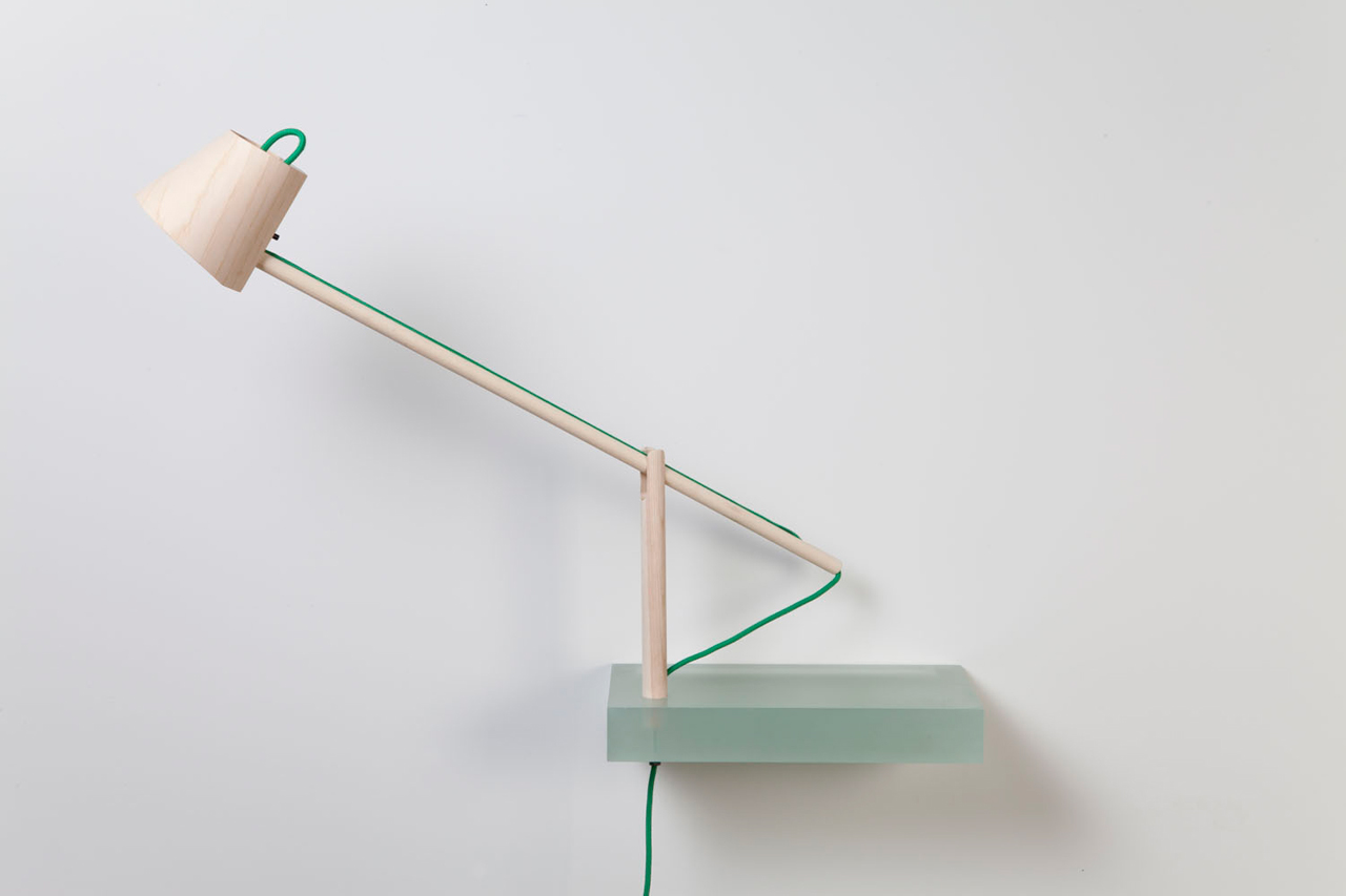 Roel-Huisman-Shelves-4-lamp