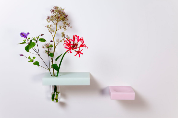 Roel-Huisman-Shelves-6-vase-and-bowl