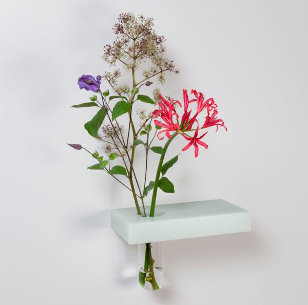Roel-Huisman-Shelves-8-vase