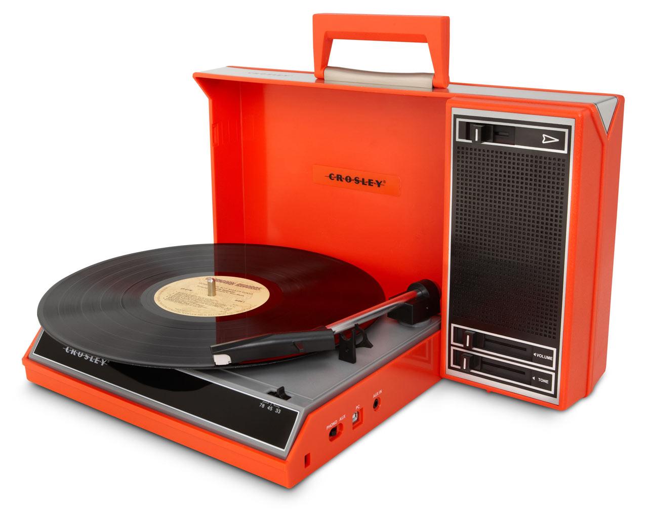 crosley-turntable-red